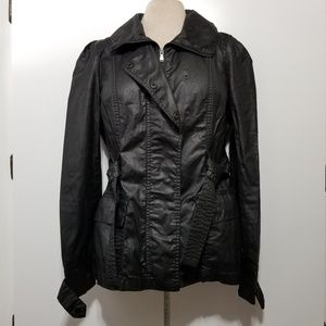 Converse Black Trench